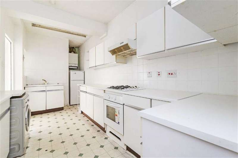 3 Bedrooms End Of Terrace House for sale in Kings Avenue, London, London, SW4