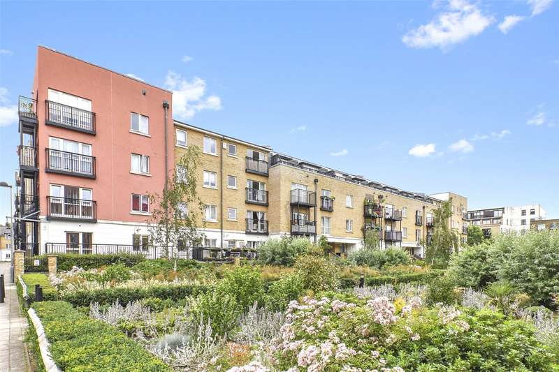 2 Bedrooms Flat for sale in Tramway Court, 3 Candle Street, London, E1