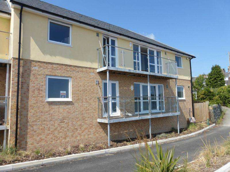3 Bedrooms Apartment Flat for sale in Bangor