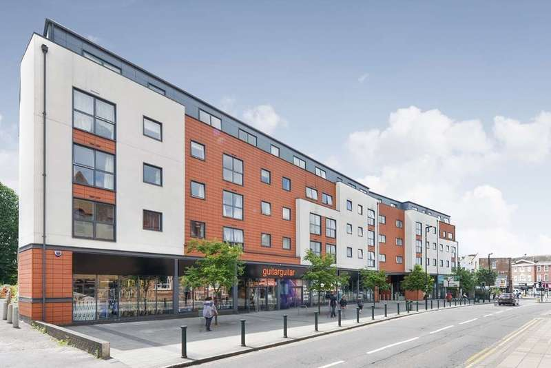 1 Bedroom Apartment Flat for rent in Capital Square, Epsom