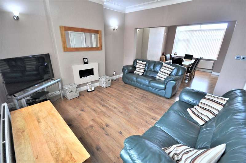 3 Bedrooms Detached House for sale in Ainslie Road, Fulwood, Preston, Lancashire, PR2 3DB