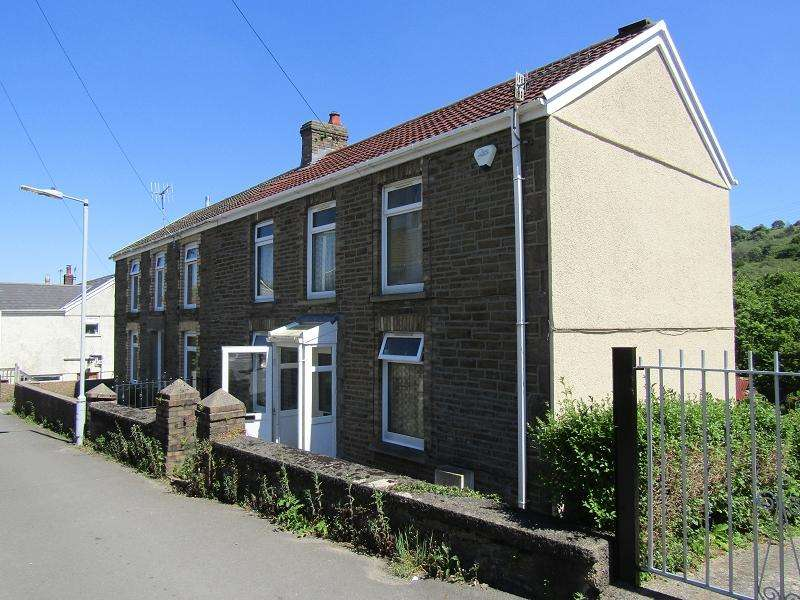 3 Bedrooms Semi Detached House for sale in Lucas Road, Glais, Swansea.