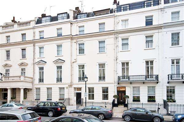 Studio Flat for sale in CHESHAM PLACE, BELGRAVIA, SW1