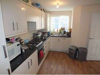 3 Bedrooms House for rent in Strothers Road, High Spen, Rowlands Gill, NE39 2HR