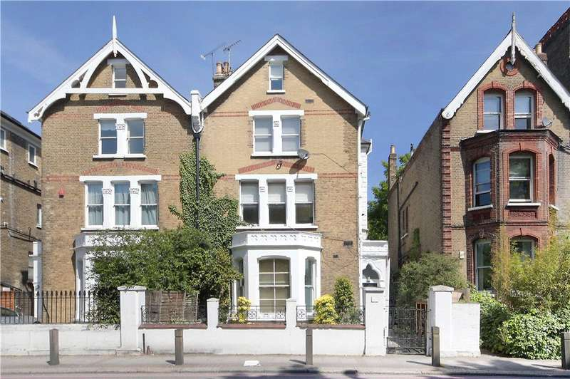 2 Bedrooms House for sale in North Side Wandsworth Common, Wandsworth, London, SW18