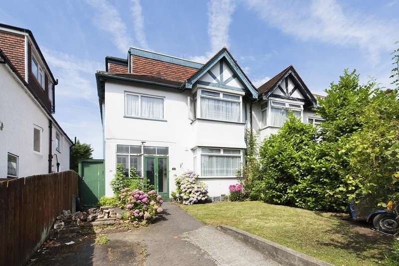 5 Bedrooms Semi Detached House for sale in Green Lane, NW4