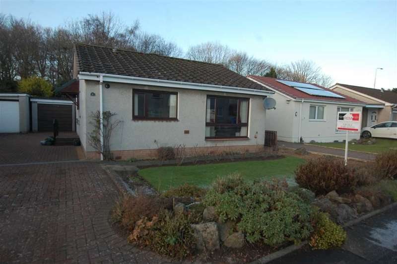 2 Bedrooms Detached Bungalow for sale in Lade Braes, Dalgety Bay