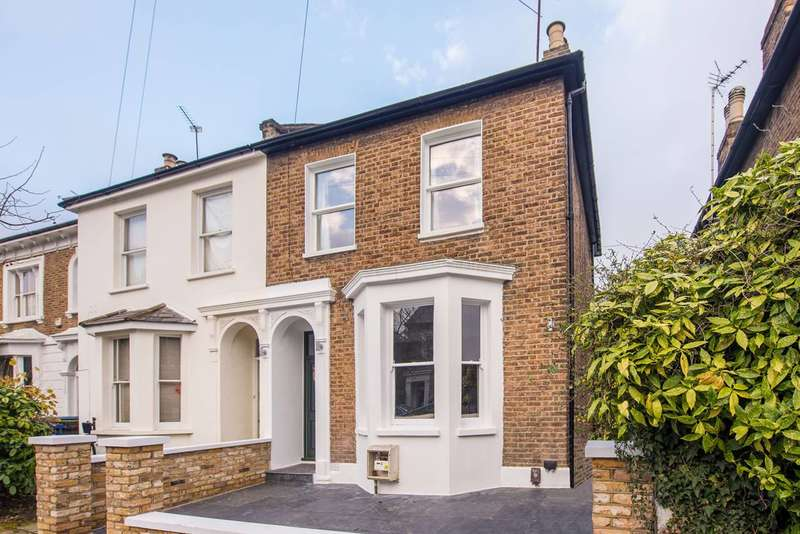3 Bedrooms Semi Detached House for rent in Mill Hill Road, Mill Hill Conservation, W3