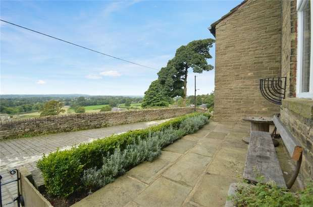 2 Bedrooms Cottage House for sale in Higher Lane, Kerridge, Macclesfield, Cheshire