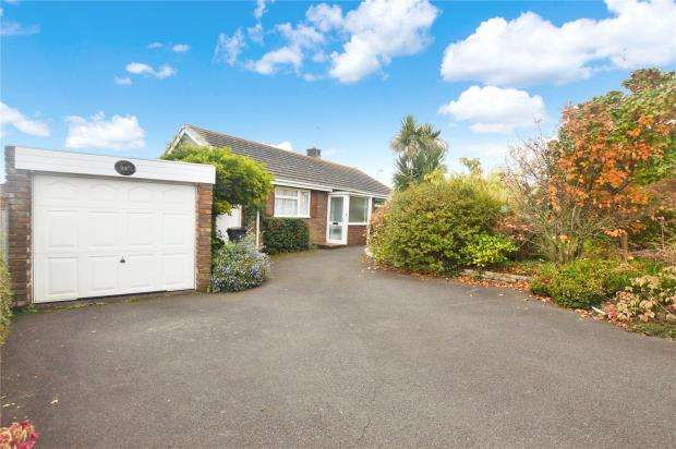 2 Bedrooms Detached Bungalow for sale in Brixington Drive, Exmouth, Devon