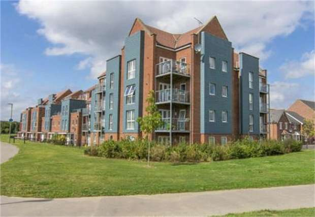2 Bedrooms Flat for sale in Somers Way, Eastleigh, Hampshire