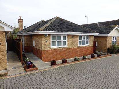 3 Bedrooms House for sale in Hockley, Essex
