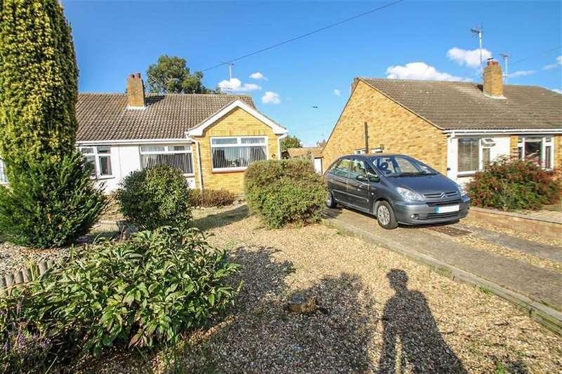 2 Bedrooms Semi Detached Bungalow for sale in Barrington Close, Little Clacton