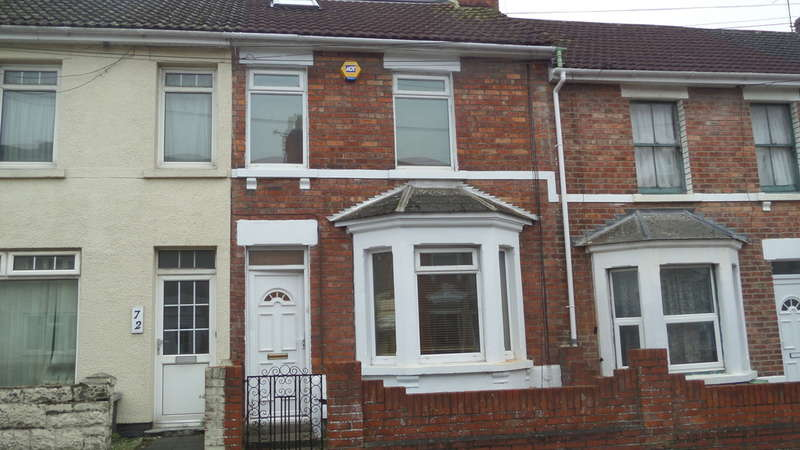3 Bedrooms Terraced House for rent in William Street, Swindon