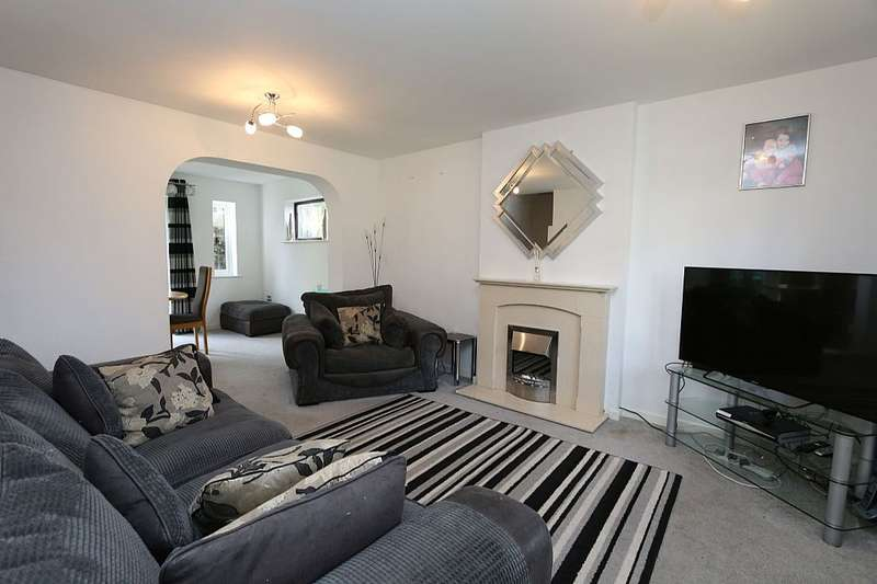 3 Bedrooms Detached House for sale in Whitton Drive, Upton, Chester, Cheshire, CH2 1HF