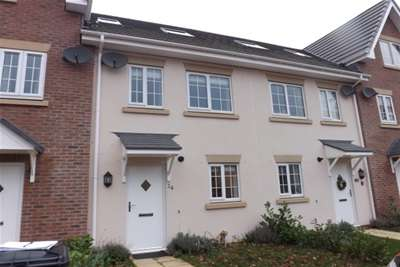 3 Bedrooms Town House for rent in Rhyd Y Byll, Ruthin