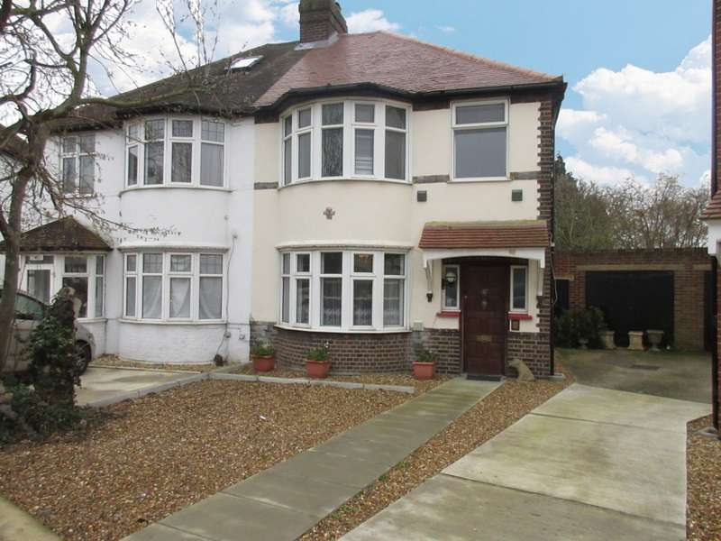 3 Bedrooms Semi Detached House for sale in Worton Gardens, Isleworth, TW7