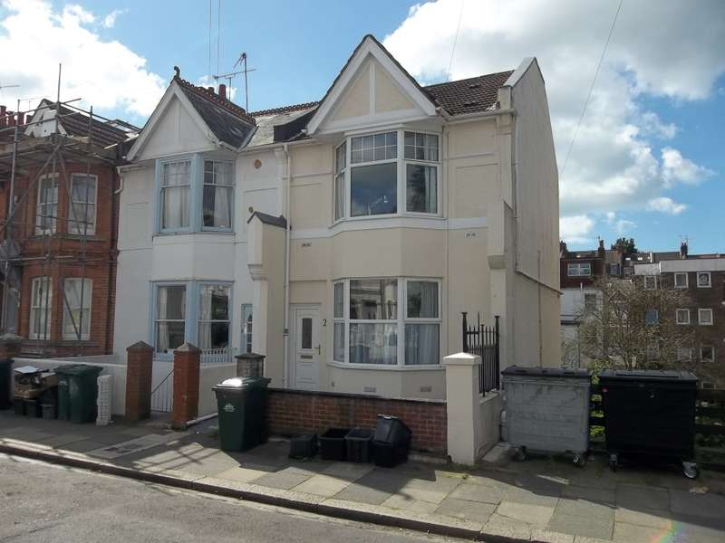 7 Bedrooms Semi Detached House for rent in Gordon Road, Brighton