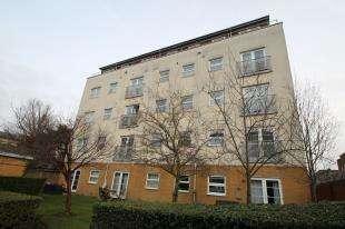 2 Bedrooms Flat for sale in Solar Court, 119 Sydenham Road, Croydon, Surrey