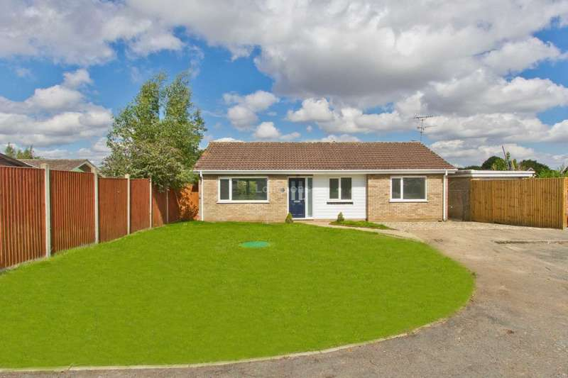 3 Bedrooms Detached Bungalow for rent in St Andrews Close, Holme Hale