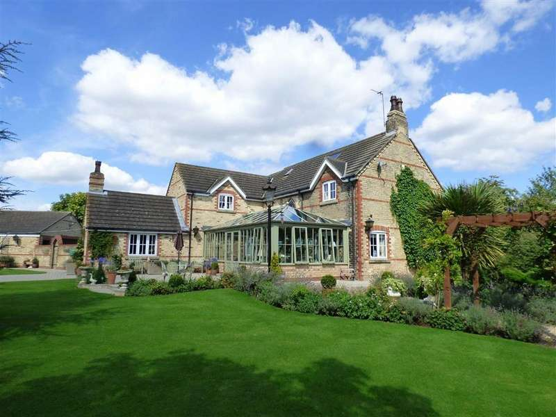 6 Bedrooms Detached House for sale in Green Oak Lane, Green Oak, Nr Eastrington