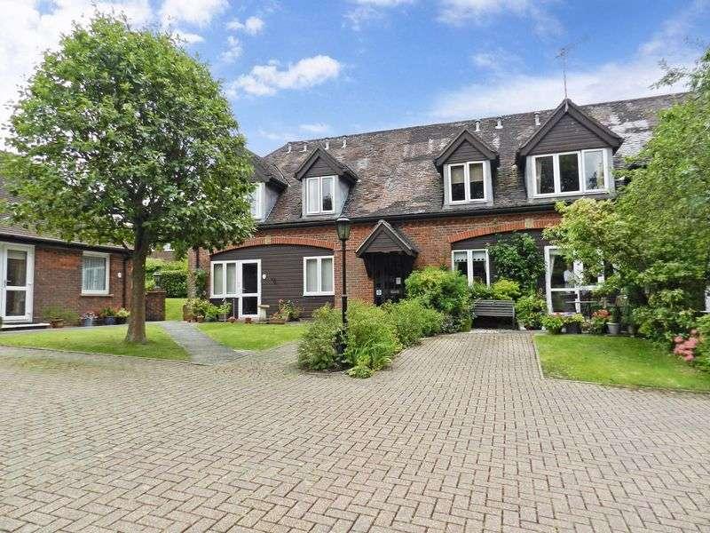 1 Bedroom Property for sale in Redwood Manor, Haslemere, GU27 2PZ