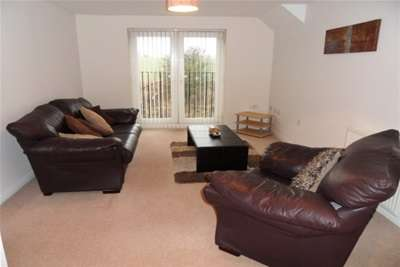 2 Bedrooms Flat for rent in Briar Vale, Monkseaton