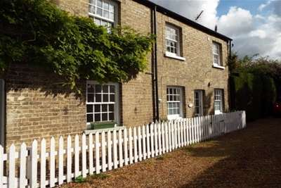 1 Bedroom Cottage House for rent in High Street, Horningsea