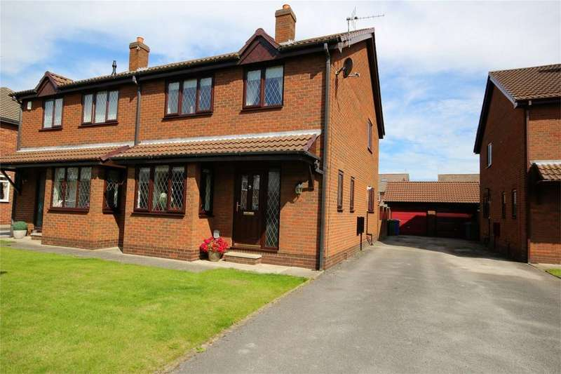 3 Bedrooms Semi Detached House for sale in Spencer Close, Cottingham, East Riding of Yorkshire
