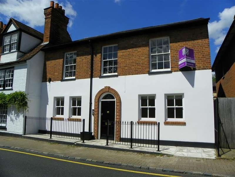 1 Bedroom Flat for sale in High Street, Wargrave, Reading, RG10