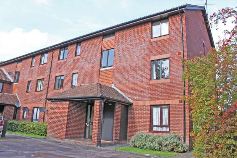 2 Bedrooms Apartment Flat for sale in Worcester Drive, Didcot