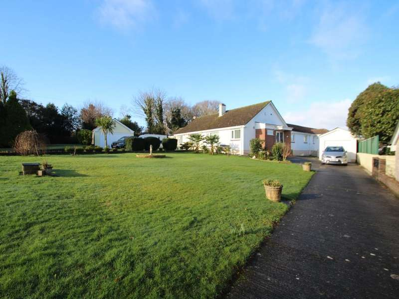 3 Bedrooms Semi Detached Bungalow for sale in Crownhill