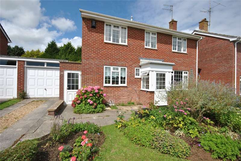 3 Bedrooms House for sale in St. Catherines Crescent, Sherborne, DT9