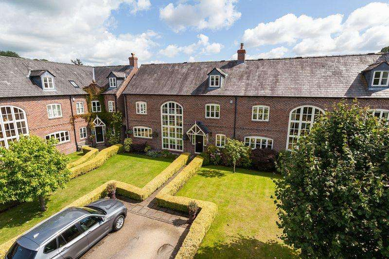 4 Bedrooms House for sale in The Courtyard, Swettenham