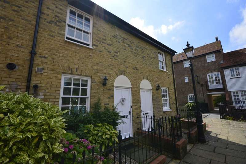 2 Bedrooms Property for rent in Stour Court, Sandwich, CT13