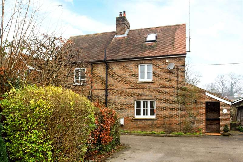 3 Bedrooms Semi Detached House for sale in Hawthorn Cottages, Off Woodside Road, Chiddingfold, Godalming, GU8