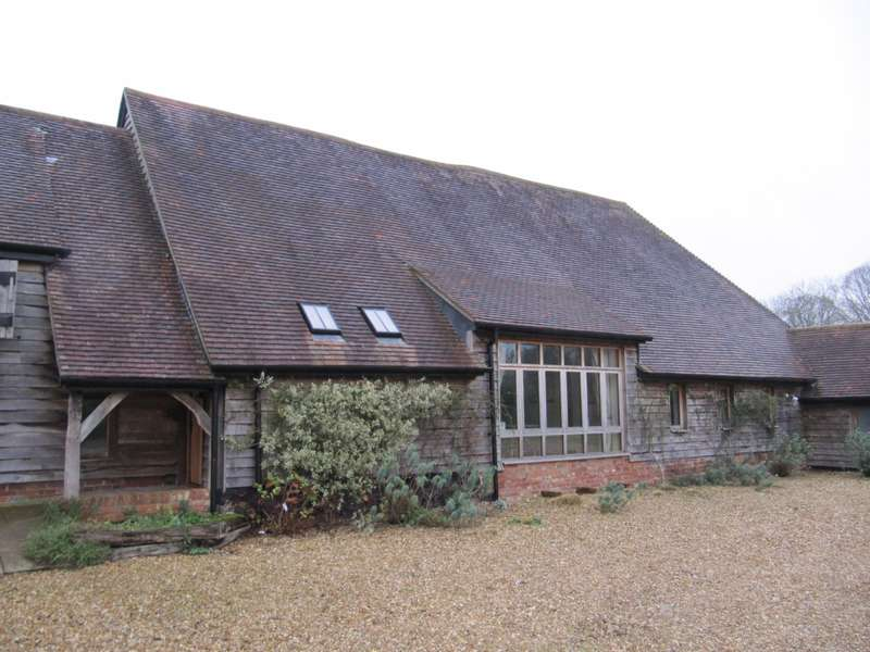 2 Bedrooms Cottage House for rent in Baughurst, Hampshire