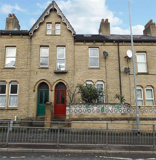 6 Bedrooms Terraced House for sale in Gibbet Street, Halifax, West Yorkshire
