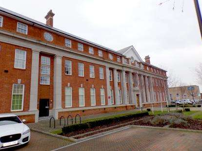 2 Bedrooms Flat for sale in Shorts Building, 65 Beauvais Square, Bedfordshire