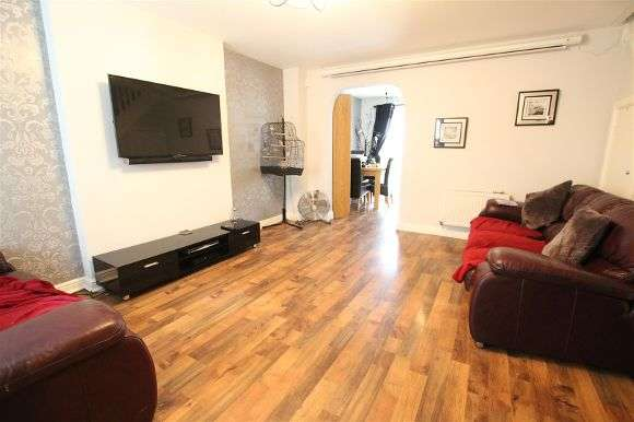 3 Bedrooms End Of Terrace House for sale in Brigadier Drive, Liverpool