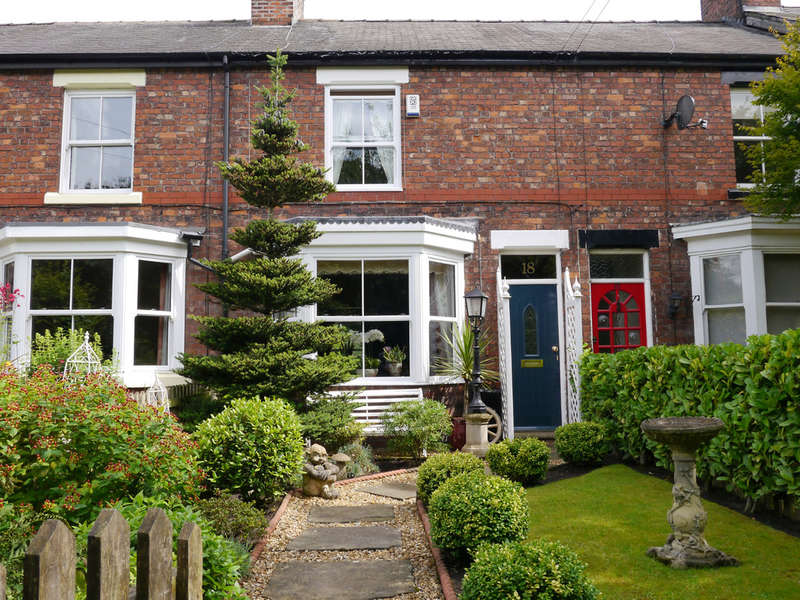 2 Bedrooms Cottage House for sale in Ascol Drive, Plumley