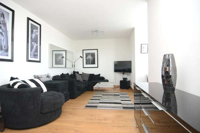 2 Bedrooms Flat for sale in Osprey Heights, Battersea, SW11