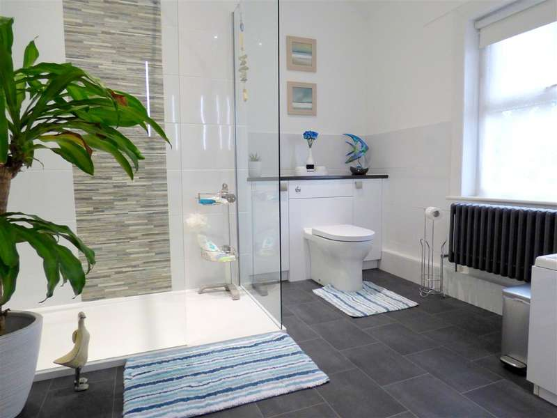 2 Bedrooms Terraced House for sale in Rupert Road, Huyton, Liverpool