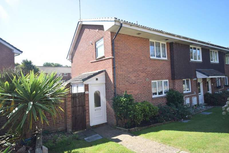 3 Bedrooms End Of Terrace House for sale in Lanes End, Totland Bay