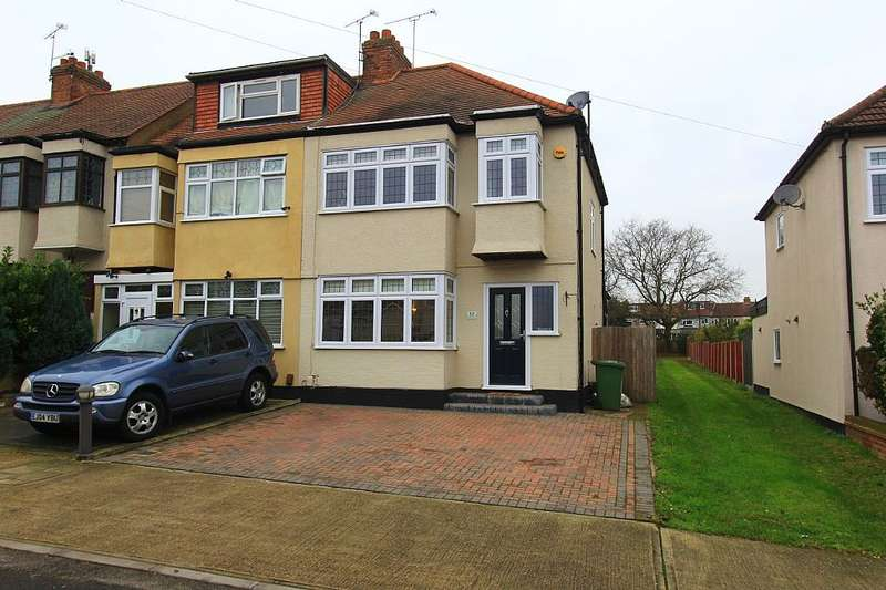 3 Bedrooms End Of Terrace House for sale in Bartlow Gardens, Romford, London, RM5 3UA
