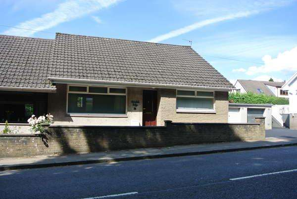 3 Bedrooms Semi Detached Bungalow for sale in Avondale Lodge 75 Commercial Road, Strathaven, ML10 6JJ
