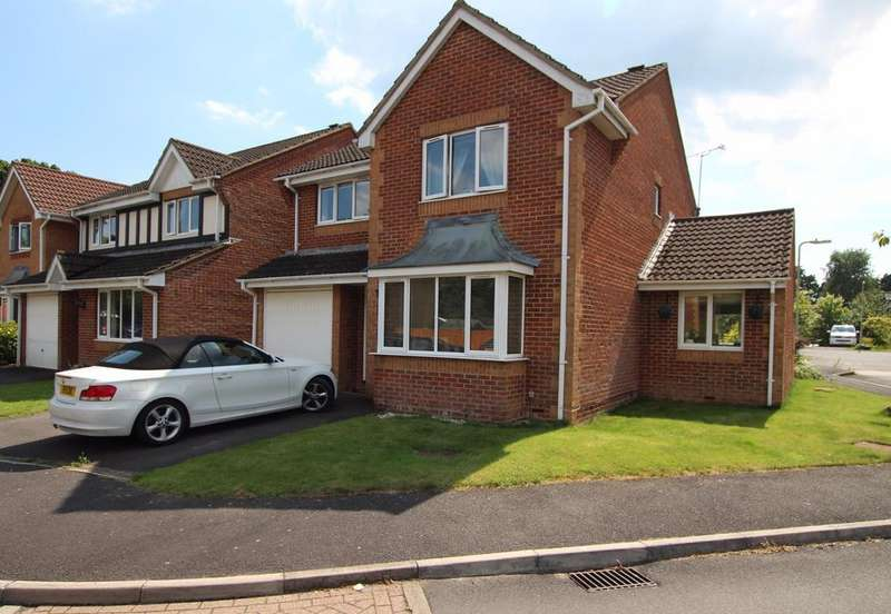 4 Bedrooms Detached House for sale in MARCHWOOD