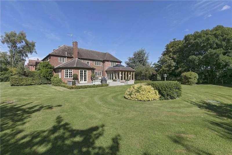 4 Bedrooms Detached House for sale in Alveston Pastures, Alveston, Stratford-Upon-Avon, Warwickshire, CV37