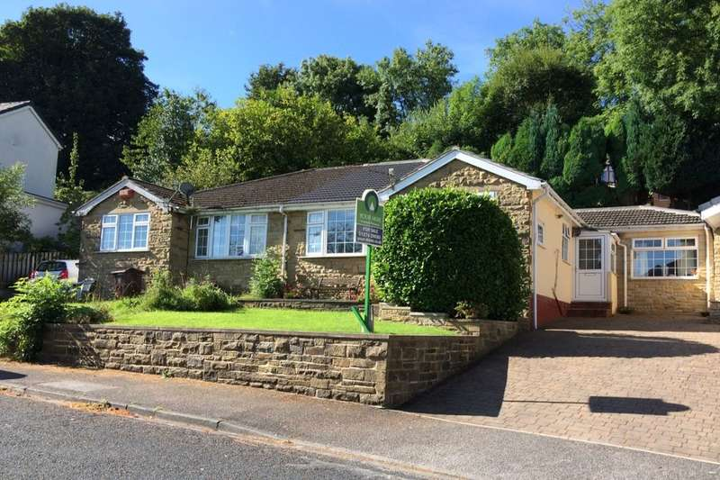 3 Bedrooms Semi Detached House for sale in Aireville Rise, Bradford, BD9