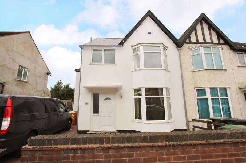 6 Bedrooms Semi Detached House for rent in Queens Road, Beeston, Nottingham, NG9